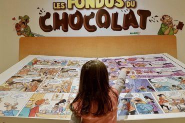 Criança no museu do chocolate